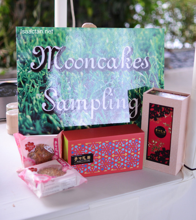 Complimentary Mooncake Sampling