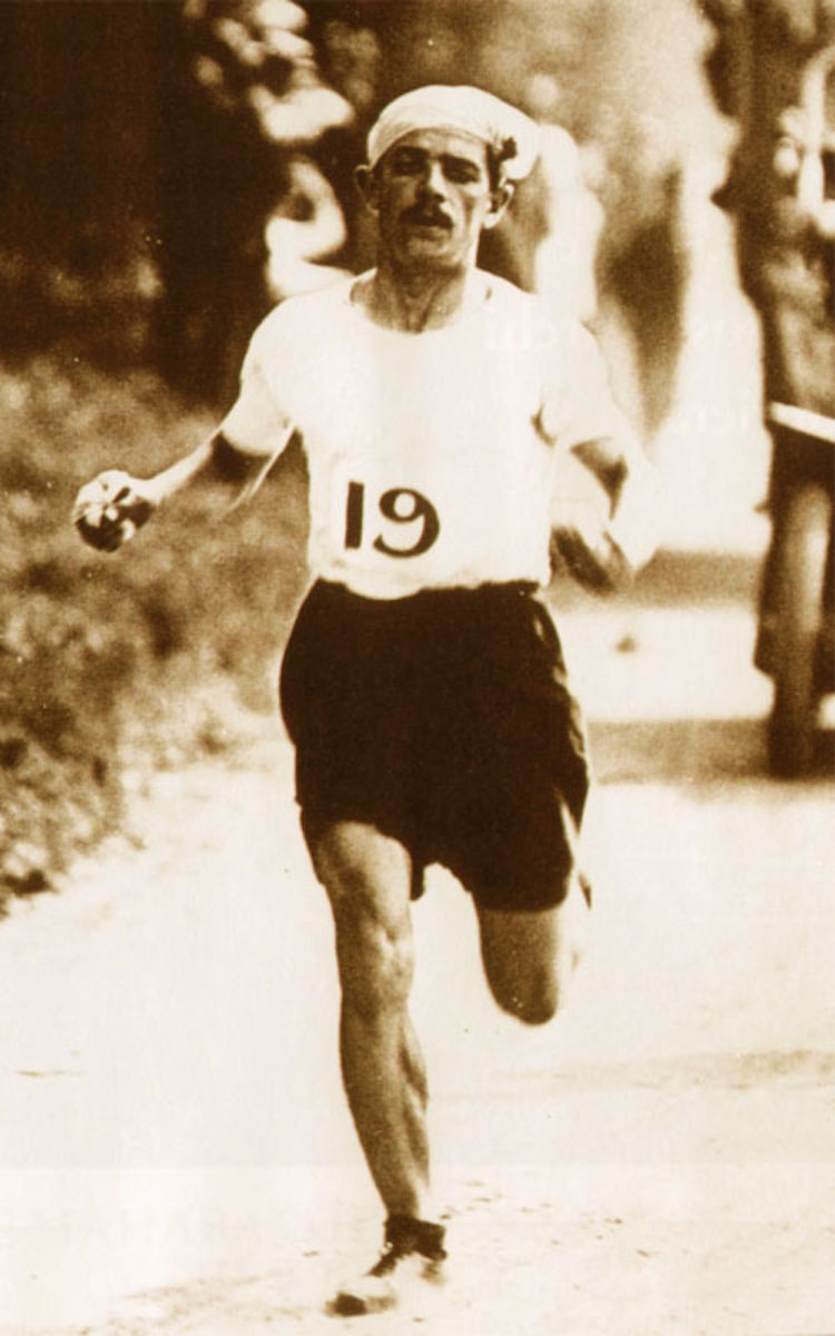 Dorando Pietri, the Italian long-distance runner, competing in the 1908 Olympic marathon. Your Russians are missing and other stories about past Olympics. marchmatron.com