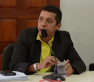 Resultado de imagem para Vereador Jairo Araújo