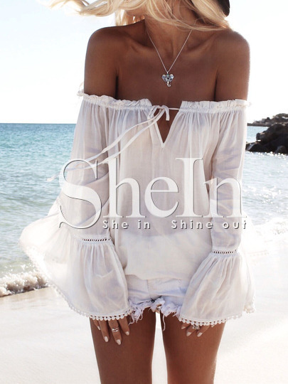 http://es.shein.com/White-Long-Sleeve-Off-The-Shoulder-Blouse-p-220740-cat-1733.html?utm_source=anouckinhascloset.blogspot.com&utm_medium=blogger&url_from=anouckinhascloset