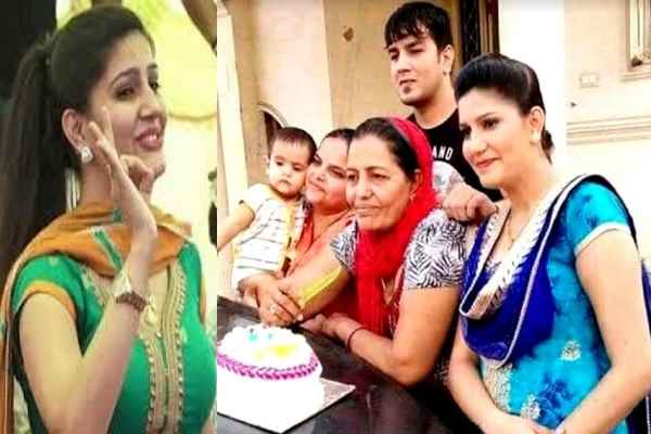 sapna-chaudhary-real-name-sushmita-exposed-my-her-mother