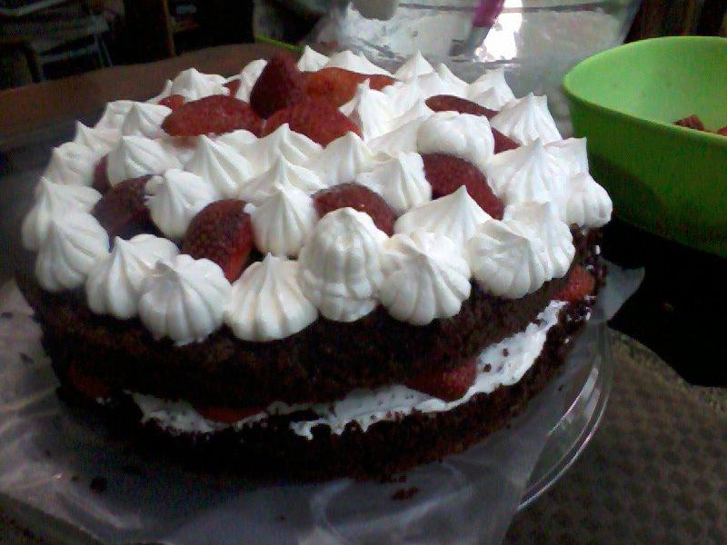 Torta De Chocolate Con Fresas Y Crema Batida Recetas De
