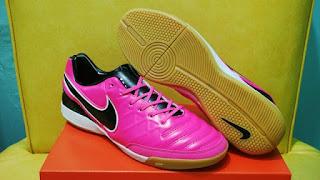Nike Tiempo Mistik V Pink