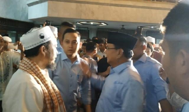 Tiba di Masjid Attaqwa, Prabowo Disambut Teriakan Presiden Indonesia