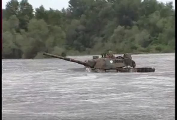 Παλαβός Στρατηγός περνάει με «LEOPARD τον Ποταμό Άρδα! Βίντεο που προκαλεί τον τρόμο στην Αγκυρα