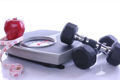 تقليل الوزن يساعد في علاج حموضة المعدة