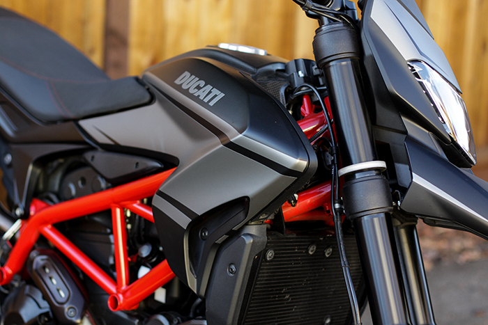 Snap-On Front LED Turn Signals by New Rage Cycles