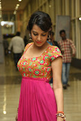 Deeksha panth new gorgeous stills-thumbnail-13