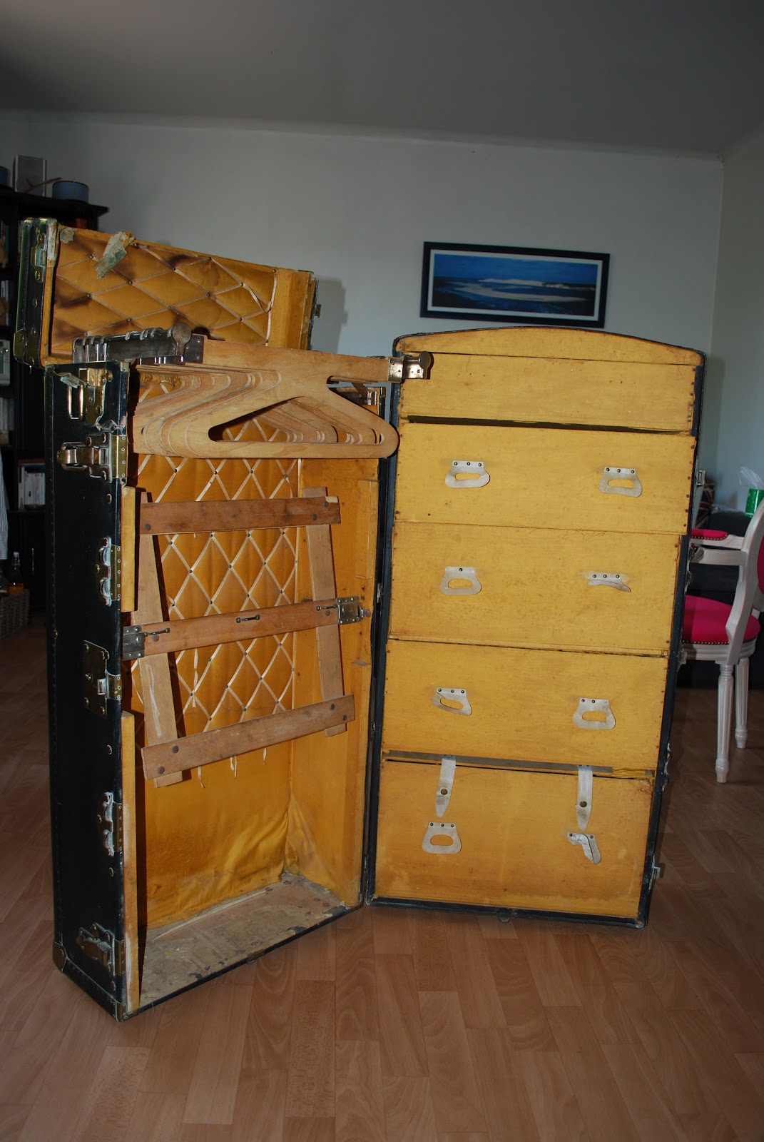 instinct d 39 int rieur malle de voyage. Black Bedroom Furniture Sets. Home Design Ideas