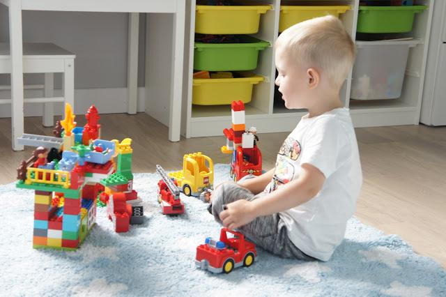 Lego w pokoju dziecięcym