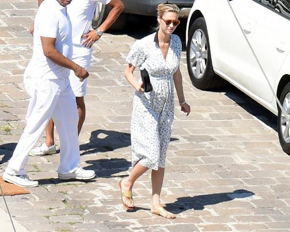 Grimaldi Family of Monaco, Beatrice Borromeo pregnant, Beatrice Borromeo will be the mother