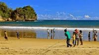 Pantai Dangkal Worawari Pacitan