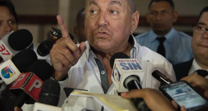 Vicente Bengoa responde a Temístocles: Hacienda no firma contratos de ejecución de obras
