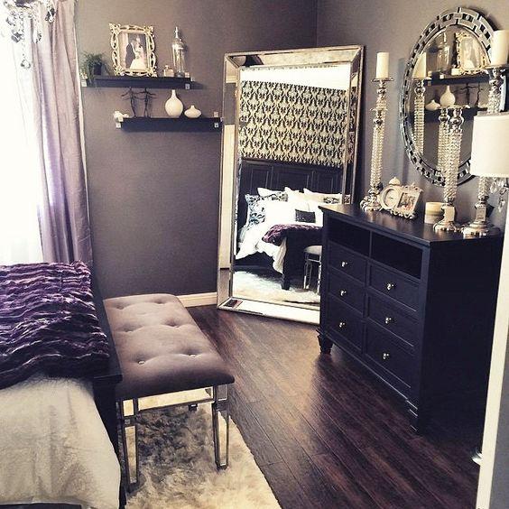 Küçük Odalar Ayna İle Büyüyor
