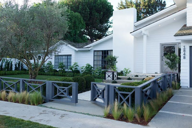 ... House. So We Compile 100 Photos Of The Fence In Different Style And  Ideas For Your Inspiration. There Are Simple, Modern And Elegant Fences To  Choose Or ...