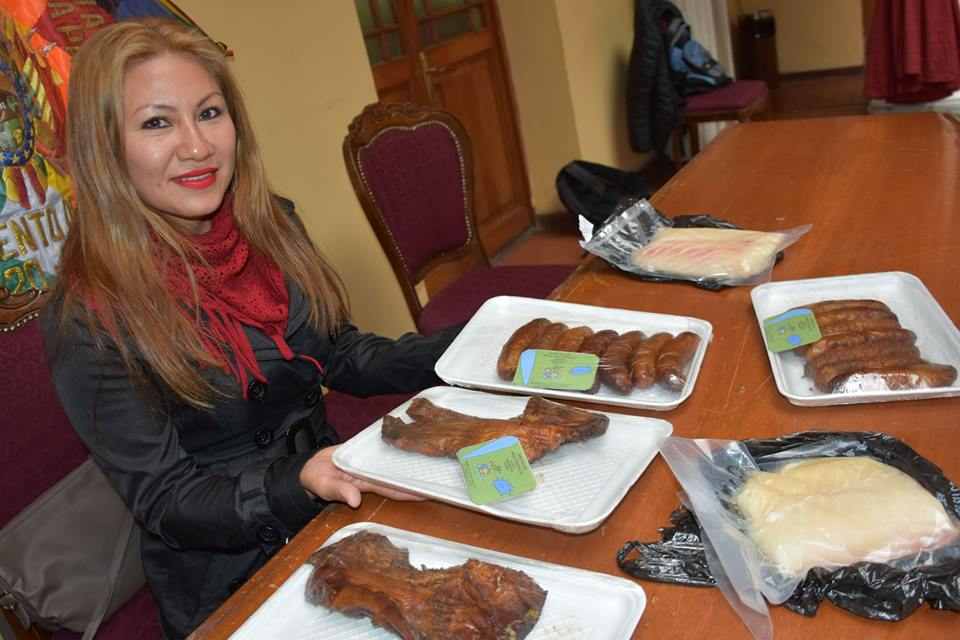 """""""Los Multiétnicos"""" aglutina a personas de las culturas: tacanas,  esse'jas. mosetenes  y chimanes"""