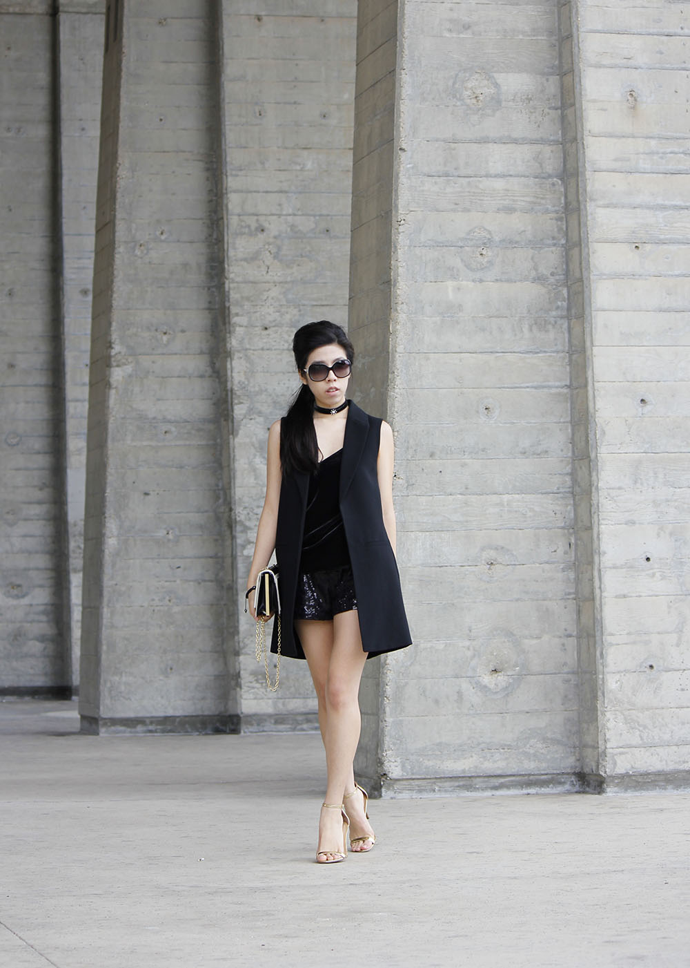 All Black Look with Gold Heels_Casual Going Out Look_Adrienne Nguyen