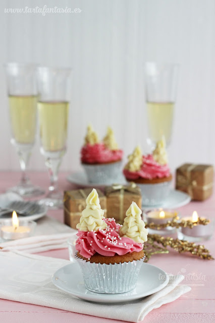 Cupcakes de Navidad con Abetos de chocolate Blanco