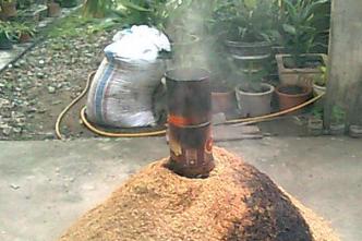 Merubah arang sekam menjadi briket dengan cara yang mudah