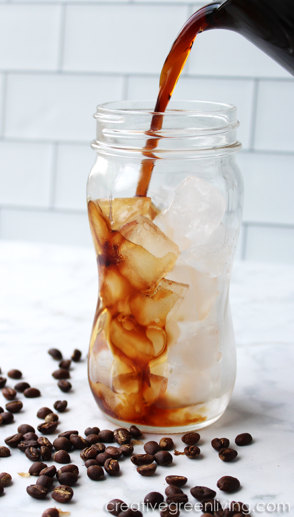Whole30 Starbucks Coffee inspired recipes - How to make a Whole 30 approved iced latte