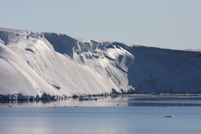 Scientists predict extensive ice loss from huge Antarctic glacier