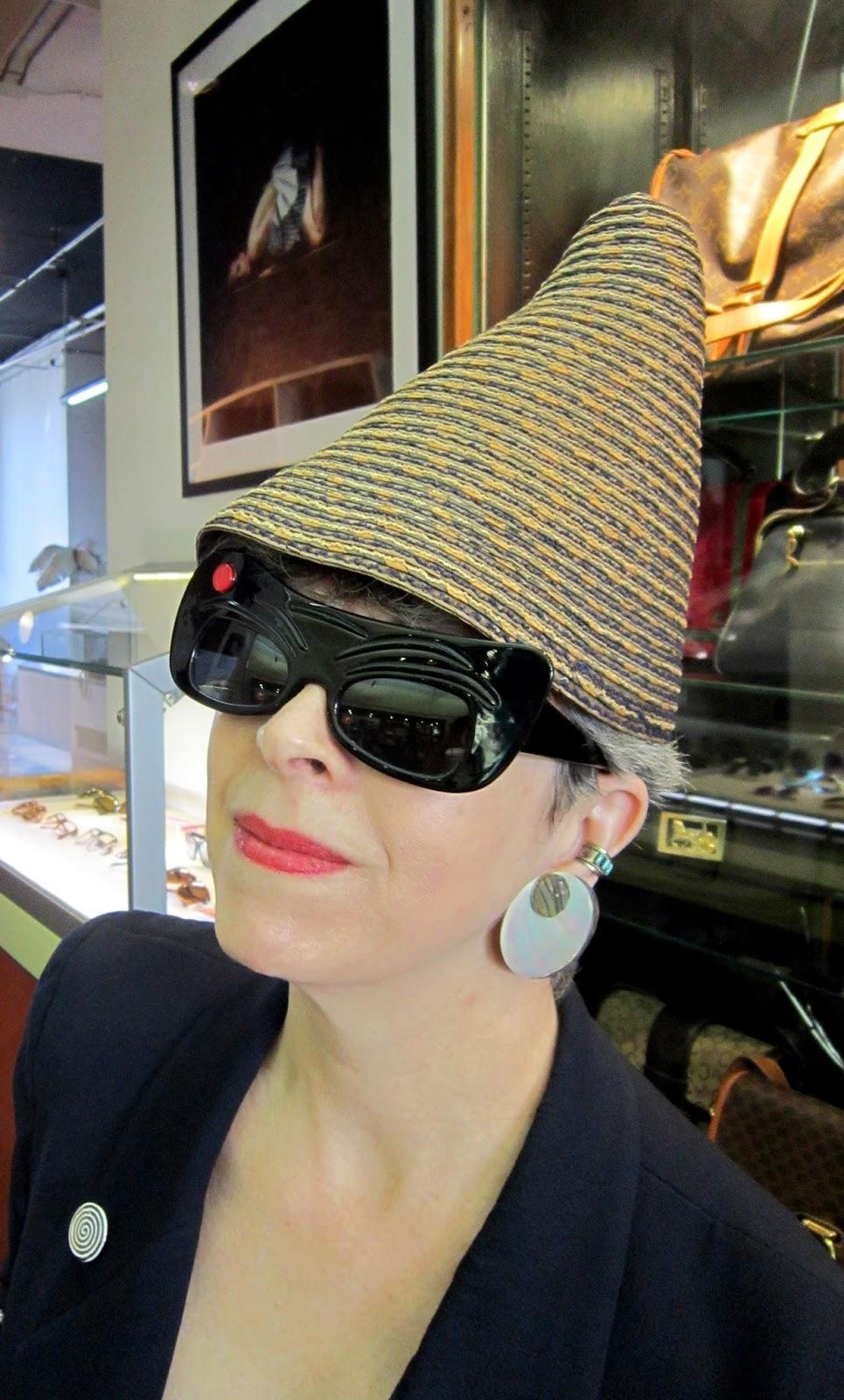 Idiosyncratic Fashionistas Goo Goo Eyes