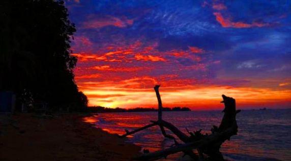 Homestay Kuala Sungai Baru Melaka sunset
