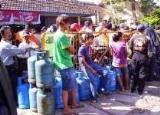 Kelangkaan atau scarcity alat pemuas kebutuhan manusia