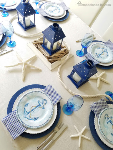 Blue Nautical Table Setting Decor Idea with Anchor Design Dinner Plates