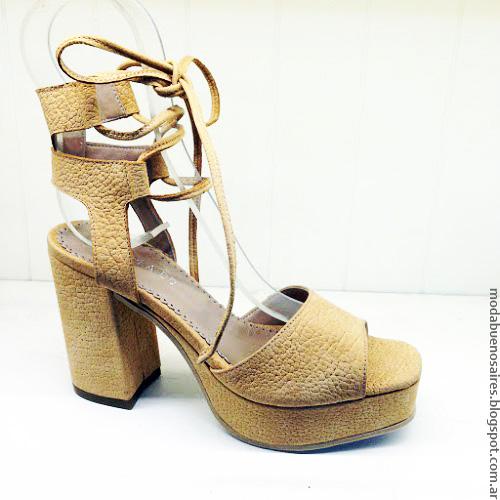 Moda sandalias verano 2017 Andrea Bo. Moda verano 2017 sandalias de cuero.