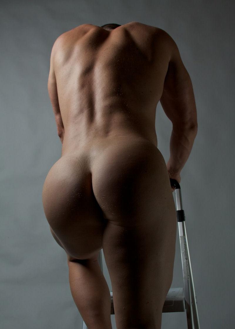 фото голых мужских попок джейд, привыкшей скромному