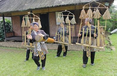 Outbond Kampung Budaya di Bogor