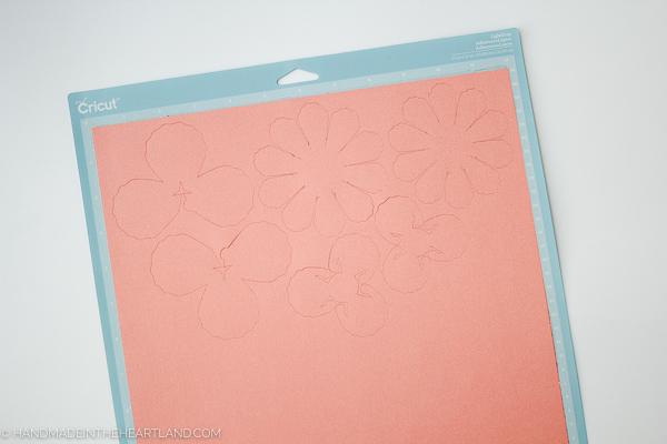 Cut flower petals with Cricut explore