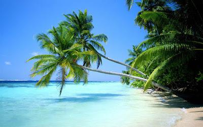 dunia seumpama deburan ombak di tepi pantai