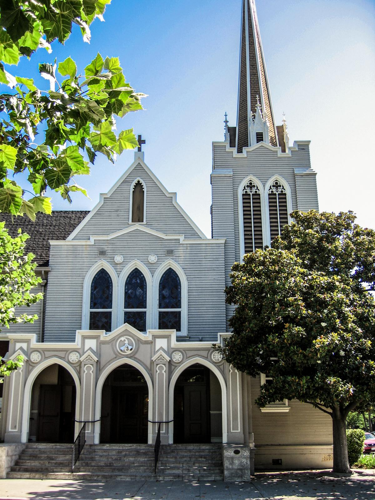 East Palo Alto Ca >> St. Thomas Aquinas | Palo Alto, CA | stepping into church ...