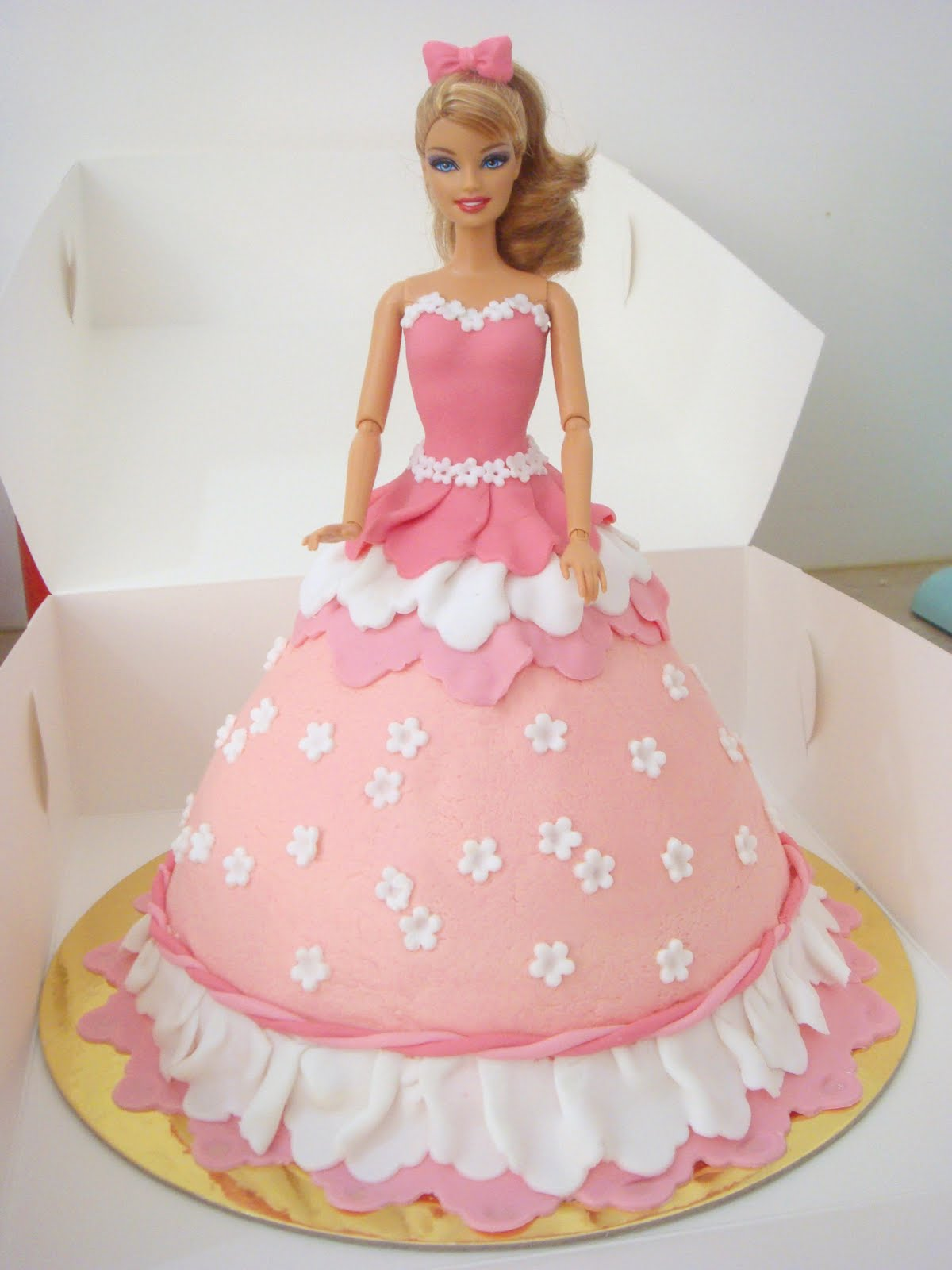 butter hearts sugar: Barbie Doll Cake