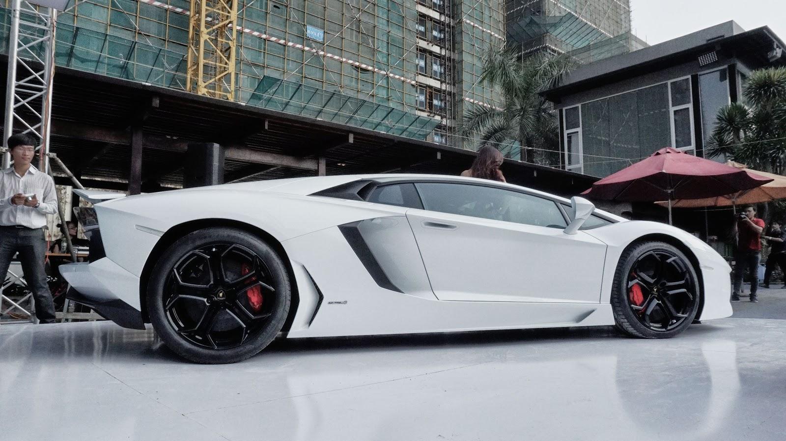 Lamborghini Aventador thực sự là một siêu xe tuyệt đẹp