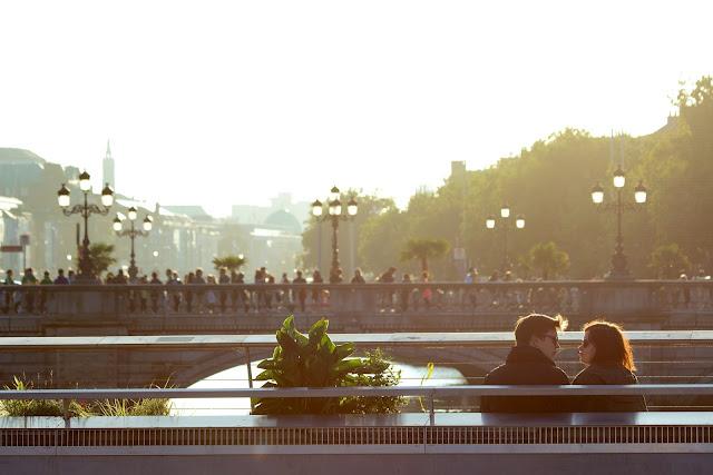 https://pixabay.com/pt/casal-amor-dois-pessoas-amantes-498457/