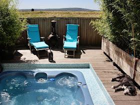 Hot tub at Driftwood Beach House