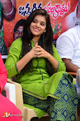 Yamini Bhaskar Birthday Celebrations-thumbnail-2