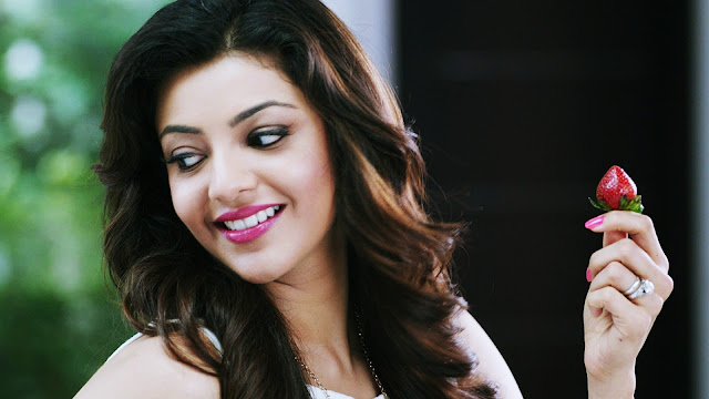 Beautiful Hot Kajal Agarwal In Bikini Pics Hd Images Photos Uk