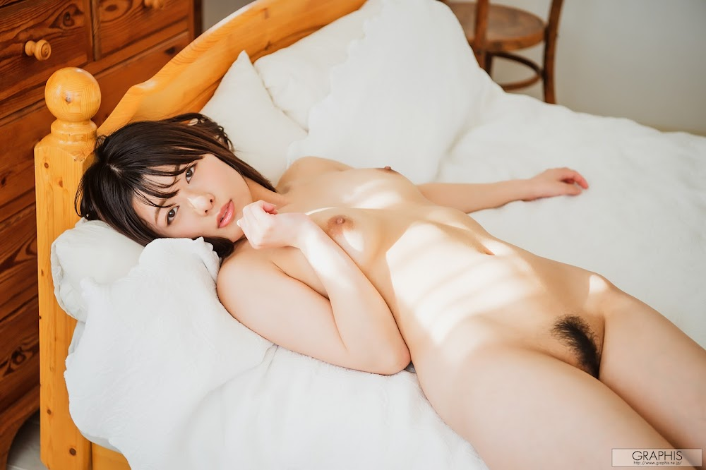 [Graphis] Calendar 每日一枚 2020.02 Hinata Koizumi 小泉ひなた - idols