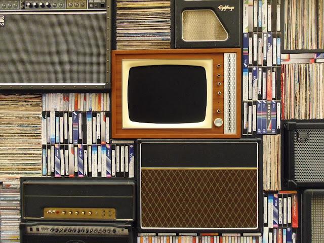 tv, telewizja, napisy, nauka języków