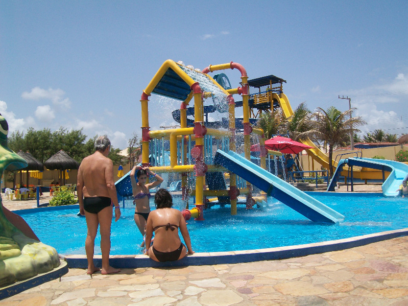 Blog jaldesmar costa juiz interdita parques aqu ticos em for Baby k piscinas