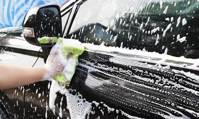 tips mencuci mobil tanpa baret