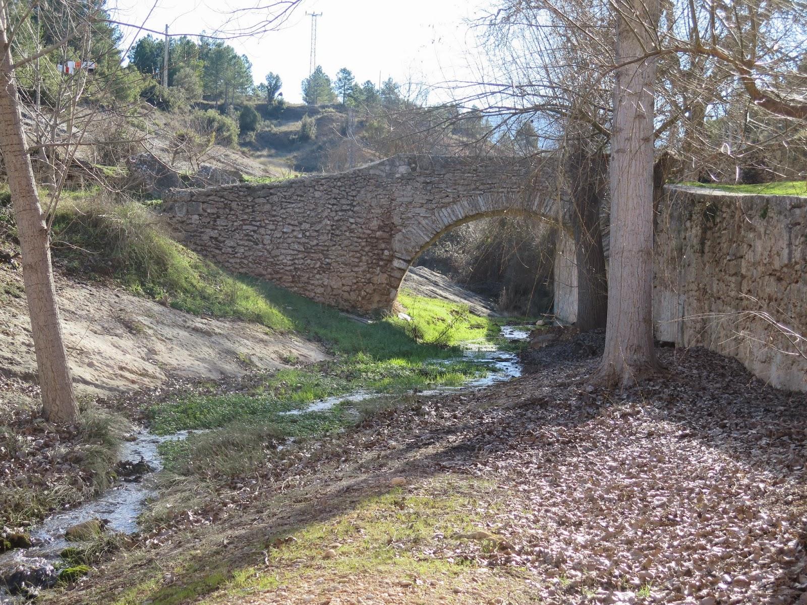 Puente medieval Peñaroya de Tastavins