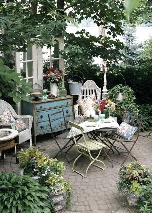 Choose The Right Spot For A Nook. A Pair Of Cafe Chairs Plunked In The  Middle Of A Lawn, Patio Or Other Open Space Doesnu0027t Feel Nearly As Cozy And  Inviting ...