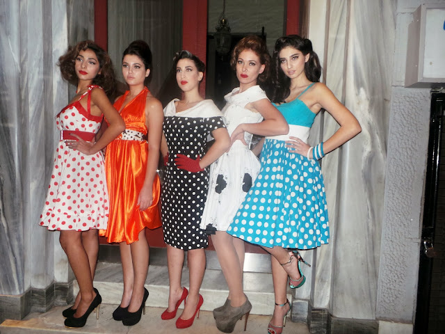 redhead, ellen skaroni, erotokritos, jenny oikonomou, ten bar,Monday's Familia Partiy, kolonaki,spotlights on the redhead,50s,choies,heart open back, cut out dress, 50s fashion,Freddy Kalobrastos, Freddy makeup stage