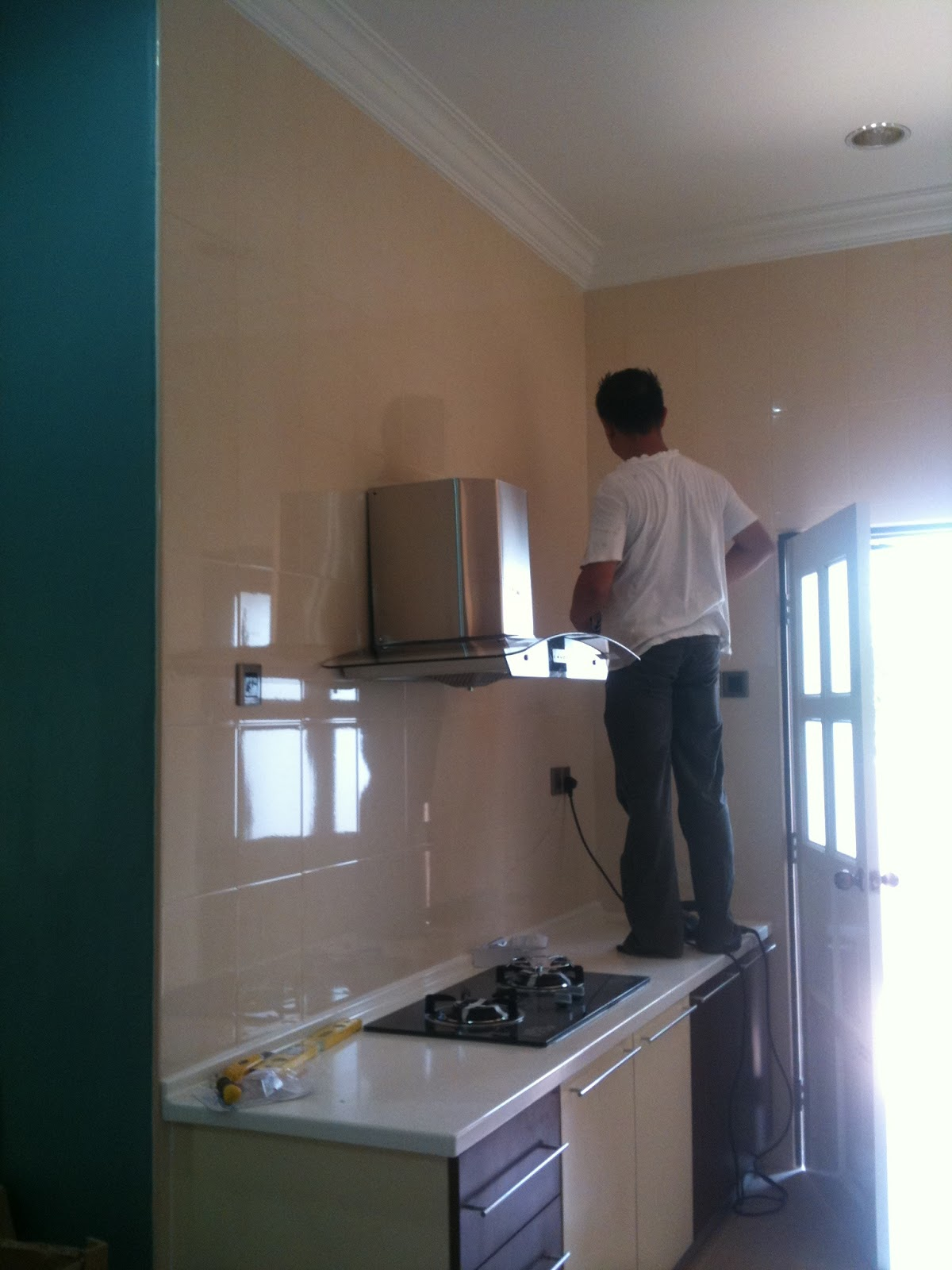 Galerialam Project Cikgu B Kitchen Cabinet Cara Pasang Hob Dapur Desainrumahid Com Hood Rubine