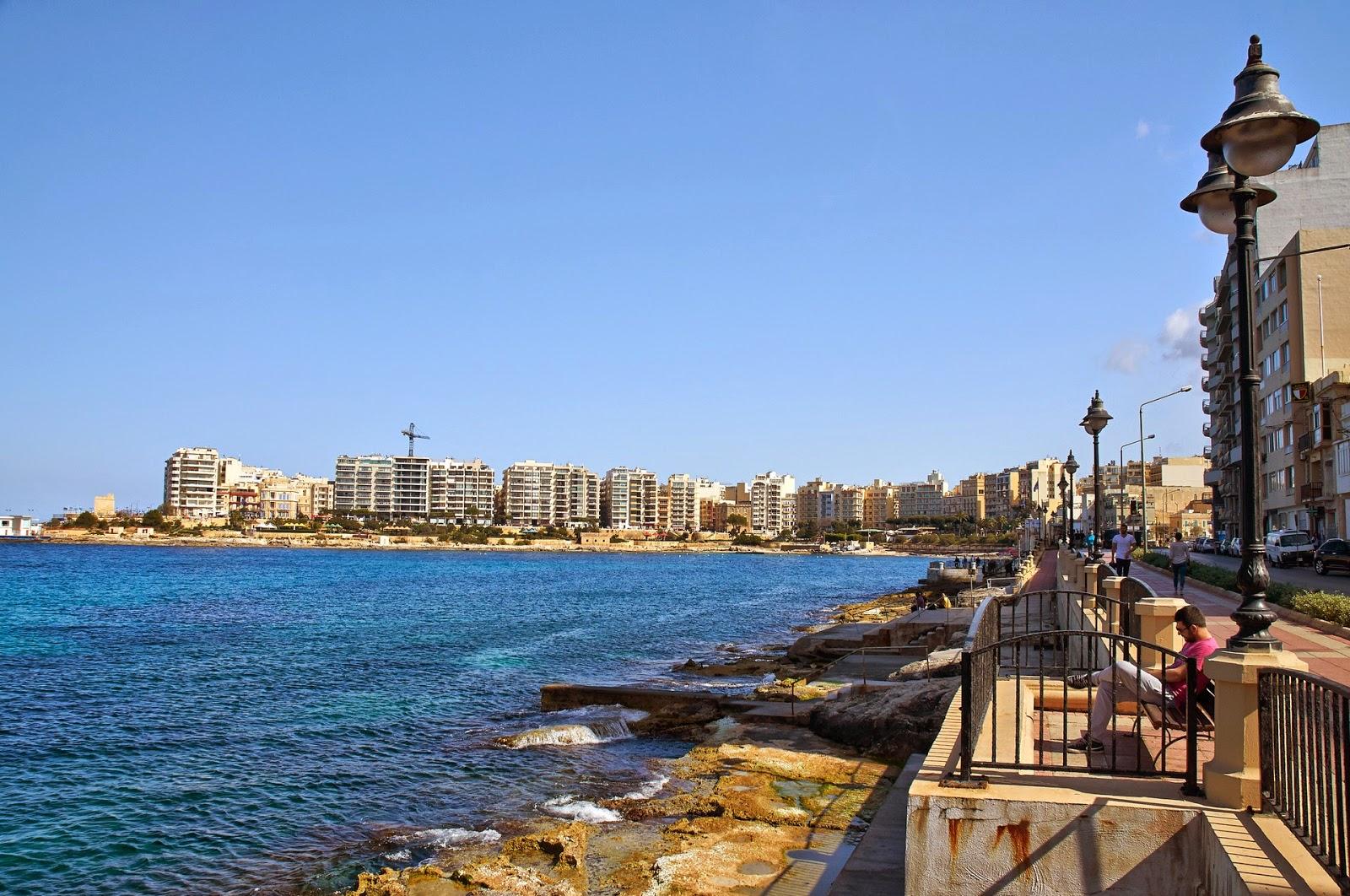 apartamenty nad brzegiem morza Malta